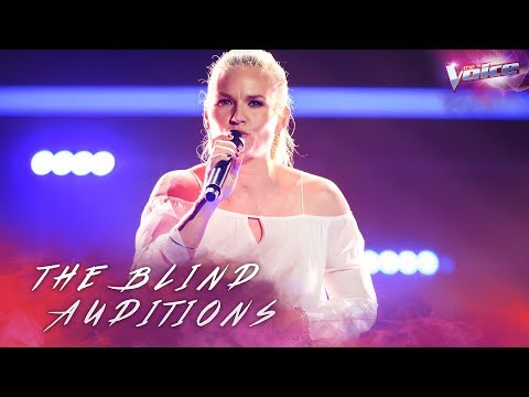 Blind Audition: Michelle Cashman sings Landslide | The Voice Australia 2018