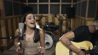 Baixar Suzane Marttins - Some que ele vem atrás - Anitta e Marília Mendonça (cover)