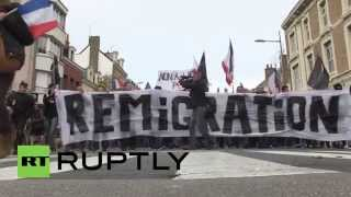 France: Anti-refugee groups rally in Calais against migration