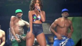Repeat youtube video Rihanna - Rude Boy (Live @ Sportpaleis Antwerp 22 October 2011) ♥
