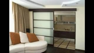 видео Стеклянные перегородки в комнате