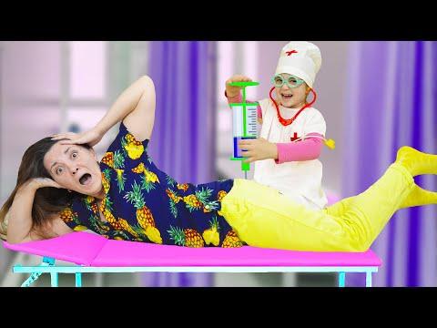 Вика и ее игра в доктора - веселые истории для детей (Новый  Сборник)