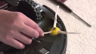 How to clean the side brush for iRobot Roomba 980 Robot Vacuum
