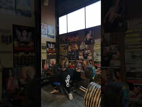 Bench Press 3x3 190kg Last Set