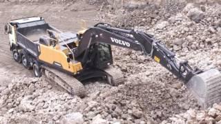 Volvo EC220E crawler excavator - built to last