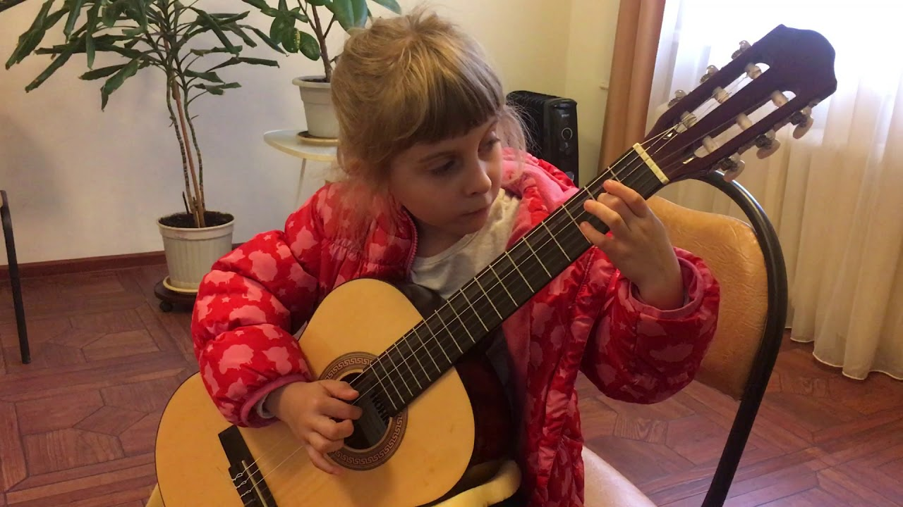 Дарья 5 лет - Каркасси Прелюд C-Dur - YouTube