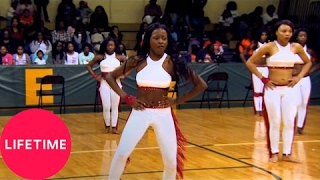 Watch the medium stand battle between the Dancing Dolls and FADD in...
