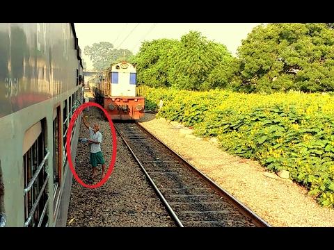 [IRI] Old Man Challenging Speedy train Lucknow - Allahabad Intercity Express Near Dikusha (Lucknow)