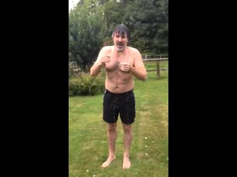 Con O'Neill Iced water challenge