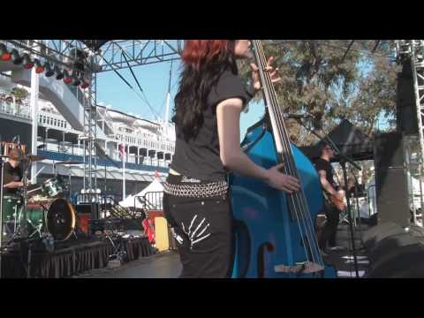 The Silver Shine - Forbidden Zone / Screeeaam!!! - live at Ink N Iron 2010