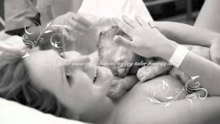 Vejrtrækningsøvelse samt positive bekræftelser til fødslen