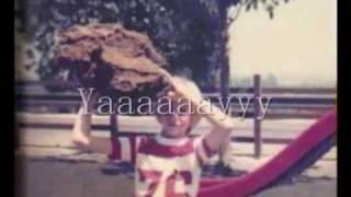 Kurt Cobain sings \