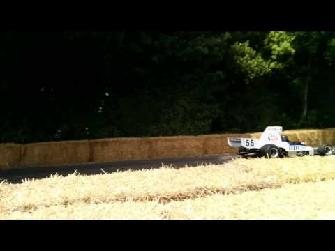 Lola T332 on Hill Climb
