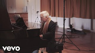 Vladimir Ashkenazy - Bach: French Suite No.5 in G, BWV 816 - 4: Gavotte