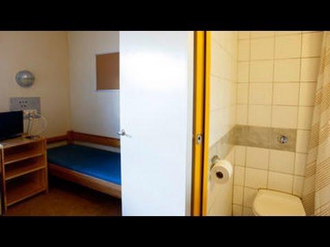 Руководству тюрьмы придется оправдываться в суде за отключение Интернета у Брейвика