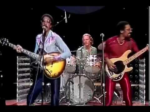 [Lyrics] The Brothers Johnson- Stomp! - YouTube