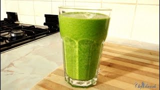 Healthy Green Drink With Broccoli, Spinach, Cucumber, Ginger, Kale & Apple Juice