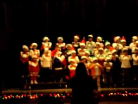 Navidad en la Christopher Dena Elementary school part # 2