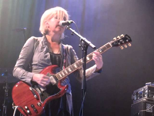 tanya-donelly-slow-dog-live-islington-assembly-hall-london-25-09-14-andunemir