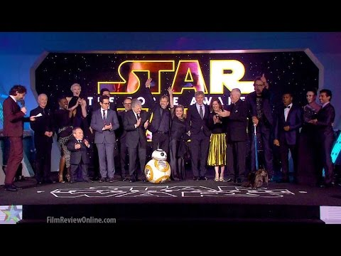Star Wars: The Force Awakens - European Premiere with Carrie Fisher & her dog!