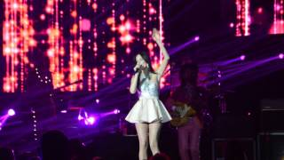 Live @C2C London 2016 - Kacey Musgraves - Step Off