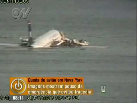 Vídeo mostra pouso de emergência de avião no Rio Hudson, em Nova York (2009)