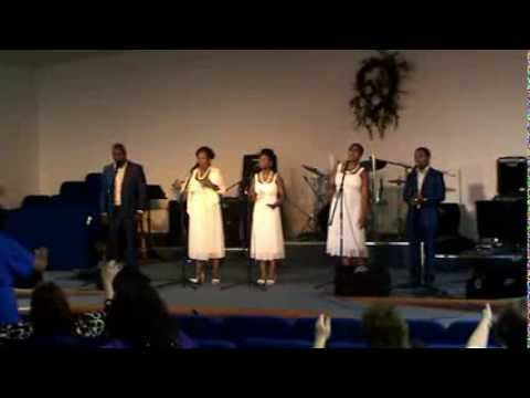 The Banks Family in Worship Let Your Glory Fill This Place