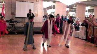 Pakistan Independence Day Gala Dinner (8th August, 2010) - Dil Na Lagay song performance