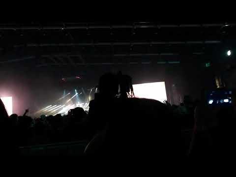 ค้างคา Clash Awake Concert