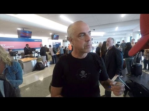 Bosch Star Titus Welliver Gives Fans The Star Treatment
