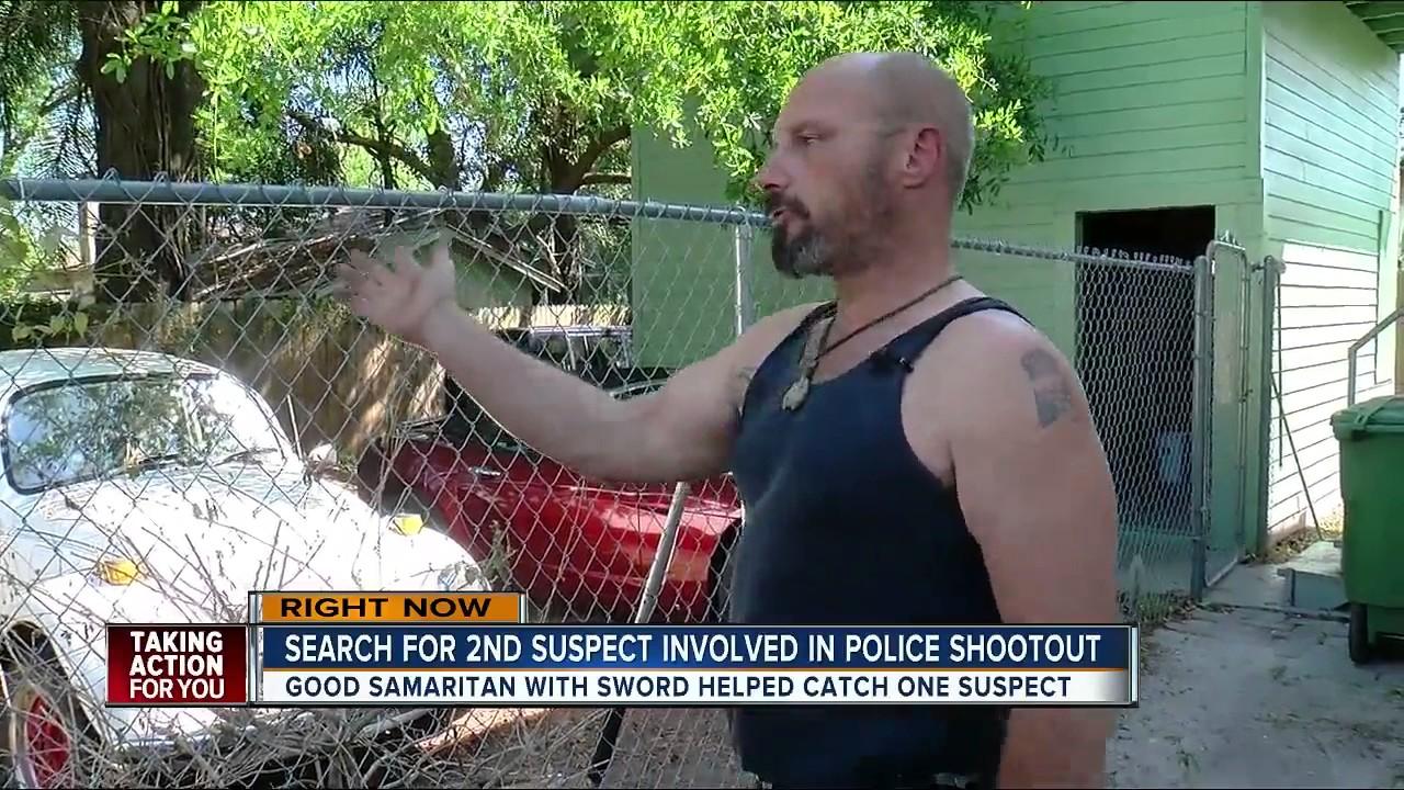 Good Samaritan with sword  helped catch suspect