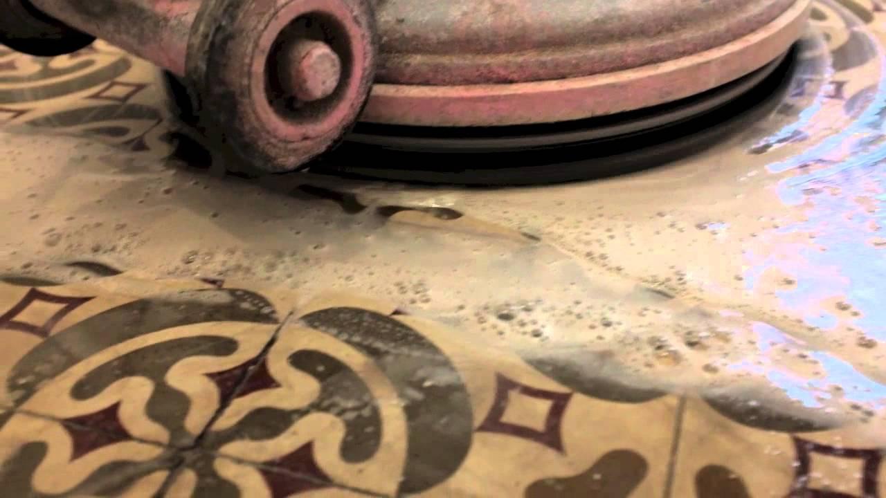 Cristalizado de pavimento de baldosa hidr ulica youtube for Pavimentos rusticos para interiores