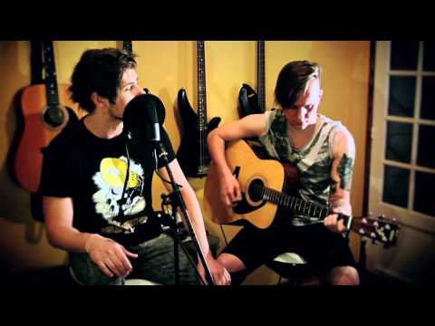 30 Seconds To Mars - A Beautiful Lie (Acoustic Cover by GLOWIN SHADOW)
