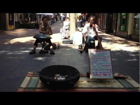 Yuki Koshimoto busking in New Zealand (clip 2)