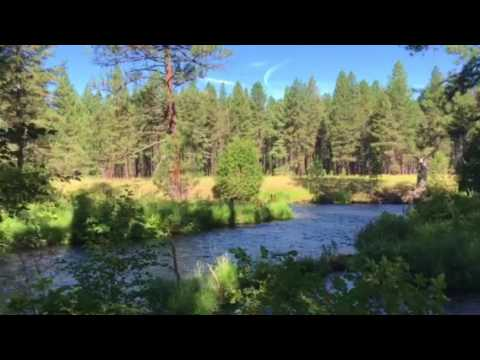 Jamee and Sarah hike of metolious river