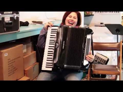 GIULIETTE SUPER V FREE BASS CHAMBER ACCORDION