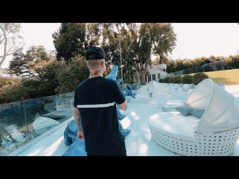 Justin Bieber Impersonator Invades Bieber's Toluca Lake House (while On Instagram Live) Prank