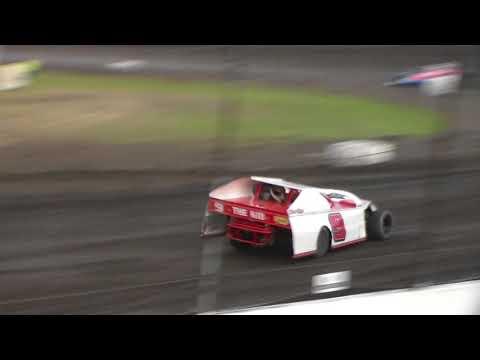 Modified Heat 3 @ Hancock County Speedway 08/12/17