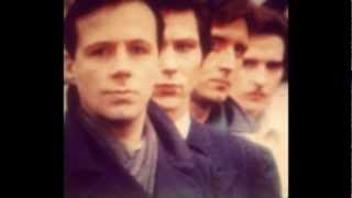 Ultravox, Lie