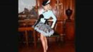 Gwen Stefani-Rich Girl