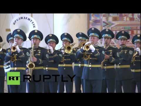 Kazakhstan: Putin meets Nazarbayev for CIS summit