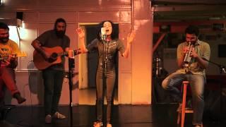 Смотреть клип Yasemin Mori - Muşta