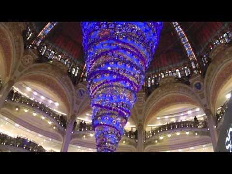 Parigi Natale La Fayette PLace Vandomme Saint Honoré Madeleine Concorde Champs Elysée 1