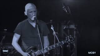 Moby- The Ceremony of Innocence (LIVE)