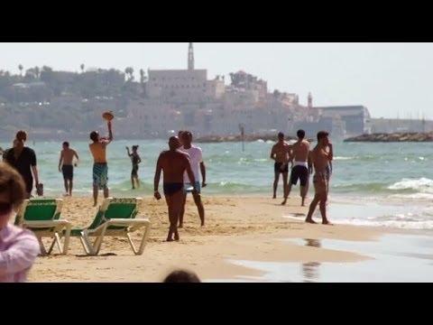 Welcome to the Tel Aviv boardwalk