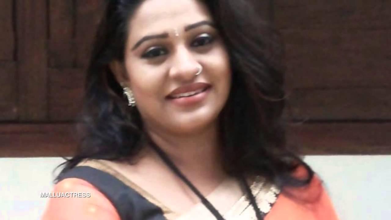 Beena Antony Mallu Malayalam Serial Actress Rare Clips