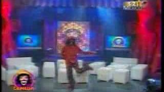 """Cepillin Interpreta """"La Fiesta"""""""