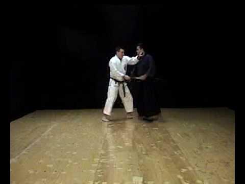 Isshin-Ryu Kobudo Kusanku No Sai Kata & Bunkai