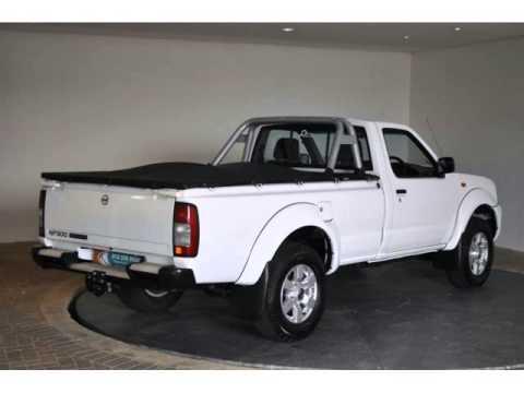 2014 NISSAN HARDBODY NP300 2.5 TDI LWB SE P/U S/C Auto For Sale On Auto Trader South Africa