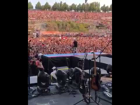 """Brett Young performing """"Mercy"""" at The Gorge."""